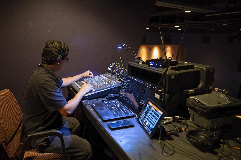 Audio Visual Services Inhouse Media 004
